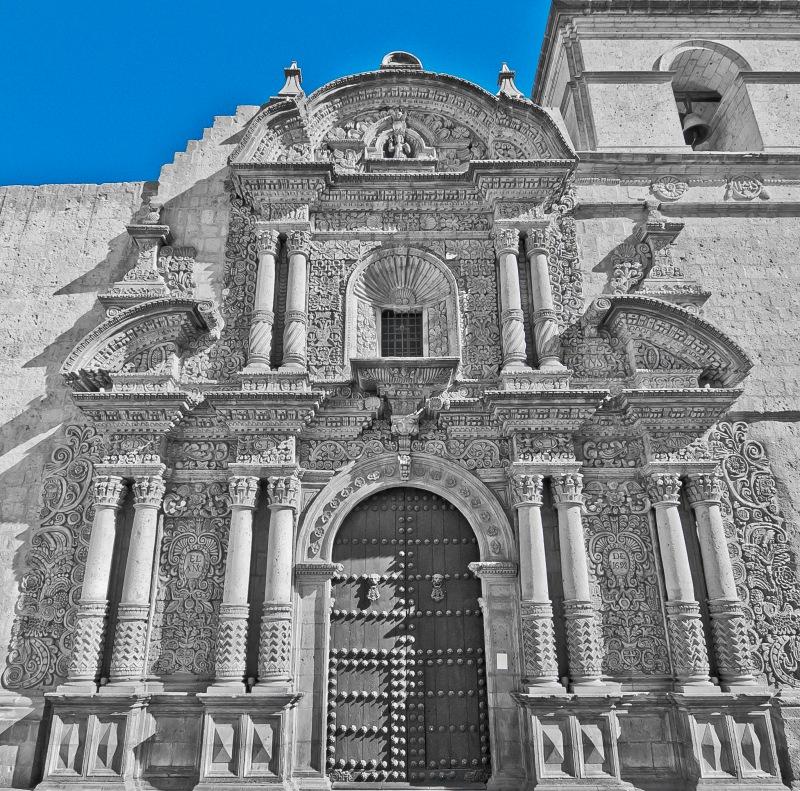 Iglesia de la Campanica 很像紙雕