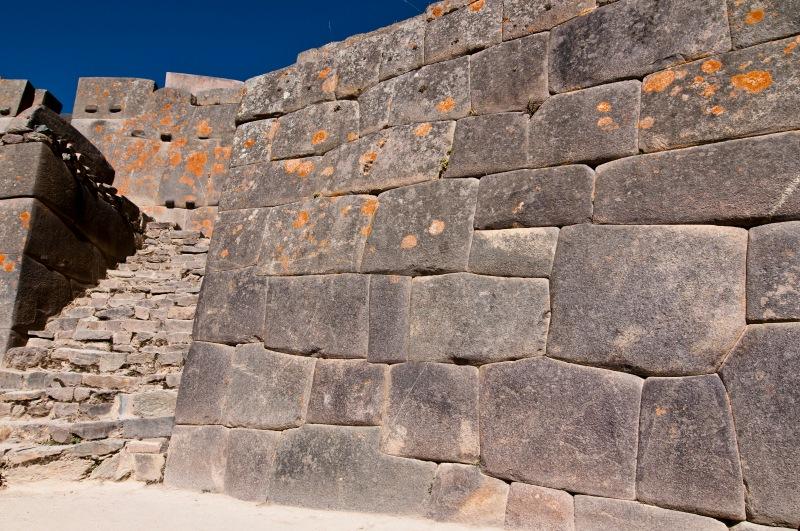 Inca wall 著名的接合方法